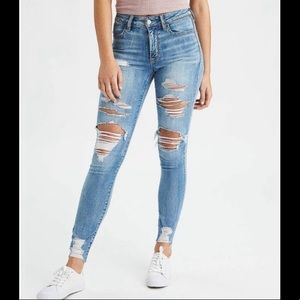 American Eagle jegging distressed